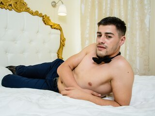 NickRonald nude shows